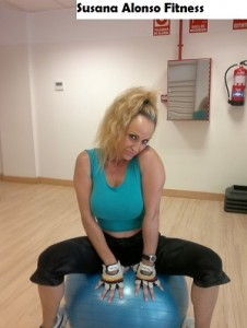 Entrenando gluteos y piernas con Susana ALonso Fitness